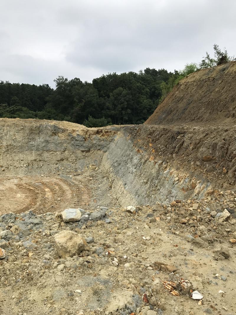 モンモリロナイトの鉱山に行ってきました。